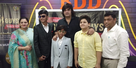 Hum Hai Gully Guys Boys And Girls A Reality Show Press Conference Held In Surat